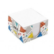 Бяло кубче 90х90 мм 500 л картонена поставка